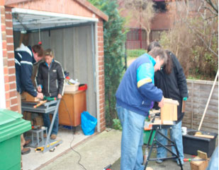 Volunteers Making and Renovating Nestboxes